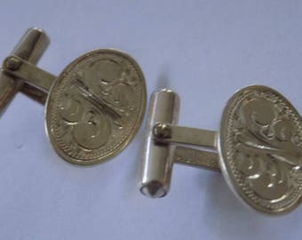 Sterling silver feather etched man's suit and tie cuff links with 2 patent numbers,designer men's accessories