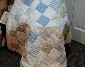 Baby Quilt, Jubilee by Moda, Blue and Gray, Flannel Backed, Hand Quilted