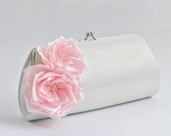 Off White- Pale Pink / Bridal Clutch / Bridesmaid clutch / Wedding clutch/ Prom clutch/ Custom clutch