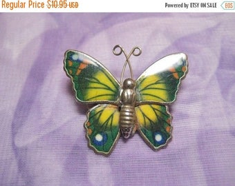 25% Off Magnificent Green and Yellow Butterfly