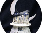 "Mr and Mrs R2-D2 Star War ""YOU PICK"" Wedding Cake Topper or Glasses, Knife Server or BOOK"