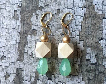 Gorgeous wood and seafoam beaded earrings