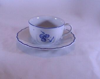 Lot of 20 Richard Ginori Italy Capuccino Cups