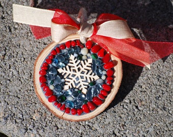 Mosaic snowflake gift tag and tree ornament, personalize for Christmas, snow flake and ribbon, rustic holiday decor, mosaic tree decoration