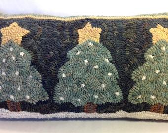 """Rug Hooking PATTERN, Three Snowy Pines, 10"""" x 20"""", J559, Primitive Rug Hooking, Folk Art DIY Rug Pattern"""