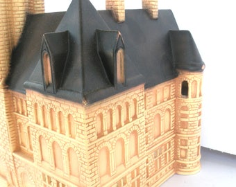 Limited Edition Pittsburgh, Pa County Courthouse Replica ATTORNEY Treasurer  Landmarks Buildings Dickens Village Courtyard Number 230 of 300