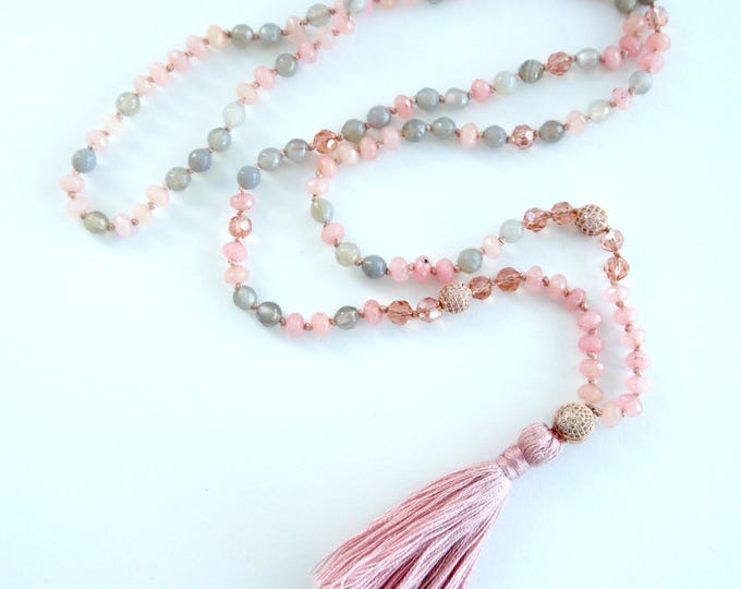 labradorite and rose quarz handknotted mala necklace, tassel necklace with czech glass beads and cubic zirkonia accents, powder pink gray