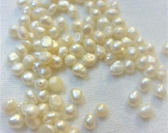 Set of 10 beads 4mm freshwater about