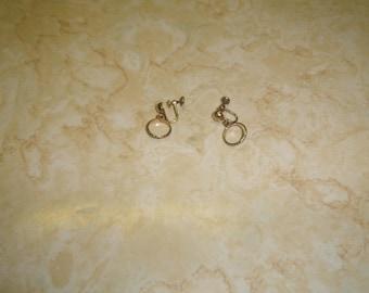 vintage screw back earrings goldtone hoop dangles 12 k goldfilled