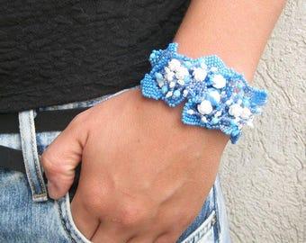 Blue floral bracelet, Blue jewelry Beaded bracelet cuff Seed bead jewelry Freeform bracelet, Handmade bracelet,  Gift for her