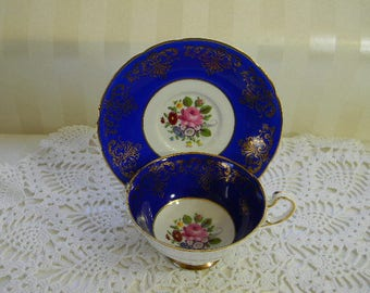 TEACUP, Vintage PARAGON Fine Bone China Teacup