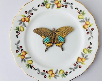 Brown Moth Yellow Blue Insect Bone China with Pears Flowers Display 3D Plate Sculpture for Wall Decor Birthday Wedding Gift