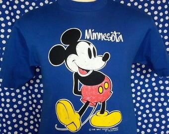 1980's Micky Mouse Minnesota t-shirt, fits like a small