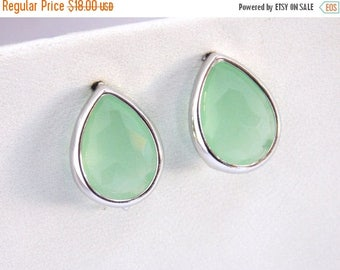 SALE Mint Geen Earrings, Glass Earrings, Stud Earrings, Post Earrings, Silver, Bridesmaid Earrings, Bridal Jewelry, Bridesmaid Gifts