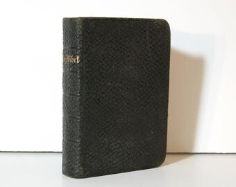 Small German Bible, Die Bibel: des Alten und Neuen Testaments, Rev Otto von Bueren Zion Church Published 1901, Vintage Black Leather Book