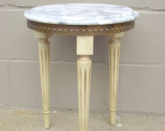 Brass Filigree Marble Top Table - Columned Legs - Provincial - Side End Occasional Accent Table - Plant Stand - Mid Century Retro - Designer