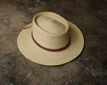 Vintage Planters Hat / Southwest Style Straw Sun Hat / Leather Band Woven Hat
