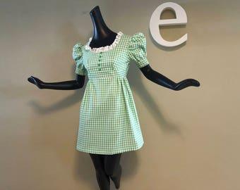 Vintage 60s 70s Green Gingham Mini Dress / Eyelet Lace Ruffle & Puff Sleeves 1960s 1970s Babydoll Lolita Marsha Brady