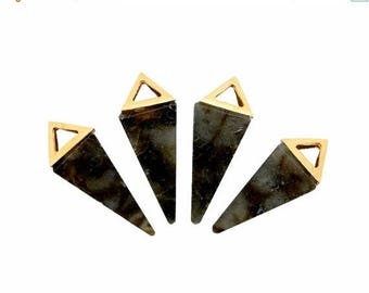 10% off Independence Day Labradorite Point Pendant With Gold Plated Pyramid Cap QPC (S47B14)