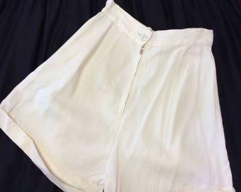 1940's  Creme High Waist Shorts