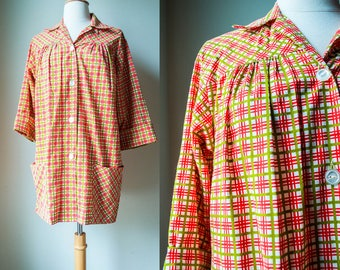 1950s 60s Plaid Vintage Blouse Top Shirt Boyfriend Red Green Pockets Midcentury Button