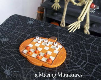 Pumpkin Checkerboard in 1:12 Scale for Dollhouse Miniature Witchs Halloween Game