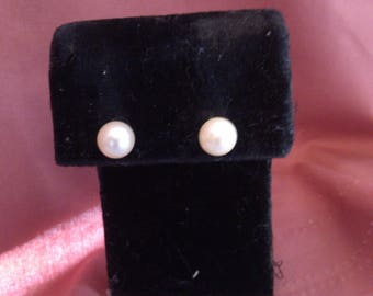 Pearl Stud Earrings on 14K Gold Posts