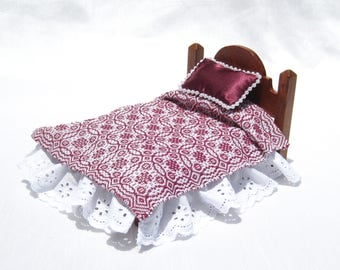 Dollhouse Coverlet 12th Scale Blanket Handwoven Coverlet  Boysenberry Whig Rose Coverlet 12th Scale Dollhouse Bedding Small Doll Bedding