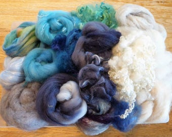 Hope Jacare - Mixed wool pack- custom blended top -  130g hand dyed top and fleece  - MWP03