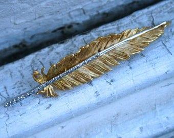 Gorgeous 18K Yellow Gold Diamond Feather Pin/Pendant - 0.42ct.
