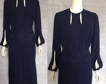 Art Deco 1930s dress with lantern sleeves