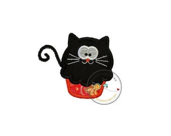ON SALE NOW Black cat cupcake - small- iron embroidered fabric applique patch embellishment- ready to ship