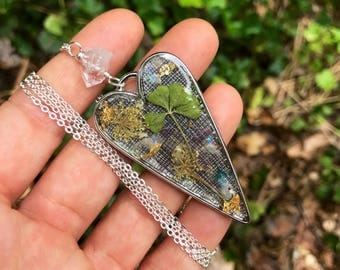 OOAK 4 Leaf Clover necklace //Resin Jewelry // Aura crystals //pressed flowers // Herkimer diamond // best friends jewelry // heart necklace