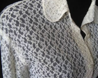 Vintage cream sheer lace blouse sz large