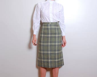 60s small wool green and white tartan plaid below the knee fitted high waisted pencil skirt womens vintage clothing