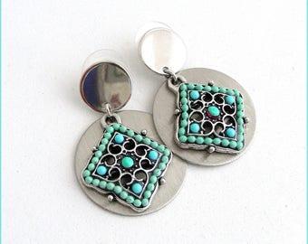 Freshwater Pearl drop earrings - Brushed Metal - multicolored
