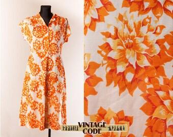 Vibrant White Orange Floral 50s 60s short cup sleeve dress  / Sunflower dress / Short sleeve Floral shirt dress / Medium Large