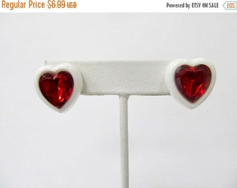 ON SALE Retro Red and White Plastic Heart Earrings Item K # 2528