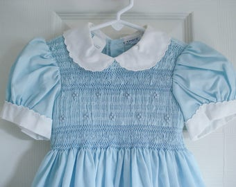 Stunning smocked dress - by Osito - 2T