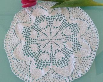 Round Crochet Doily, White Crochet Doily, White Doily, White Centerpiece, Round Doily, Crochet Doily, Tulips Doily, Vintage Doily