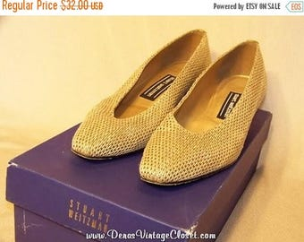 On Sale 50% OFF Stuart Weitzman Pumps Shoes sz 6 B Cream & Gold