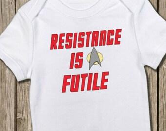 Star Trek Onesie, Trekkie Onesie, Star Trek Baby, Resistance is Futile, Baby Gift, Pregnancy Reveal, Gender Reveal, Funny Onesie
