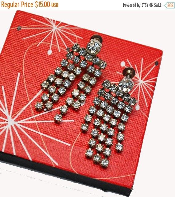Rhinestone Chandelier earrings - dangle silver tone  clear crystal  - screw back Earring - Wedding Bride