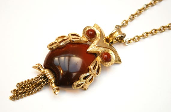 Owl Necklace - Brown Lucite plastic - gold tone metal - gold tassel