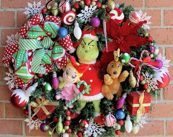 Grinch, Max & Cindy Lou Who Christmas Wreath, Grinch Wreath, Peppermint, Christmas Decor, door hanging