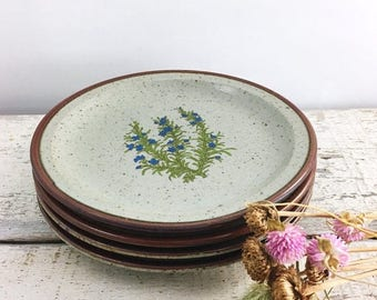 SUMMER SALE Set of 4 Vintage Stoneware Wildflower Plates