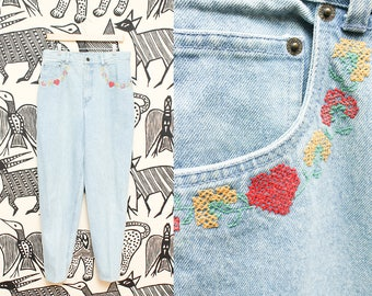 Size 14 High Waist Embroidered Blue Jeans // 80s Hipster Cambridge Country Store Denim High Rise Mom Jeans 33 Waist