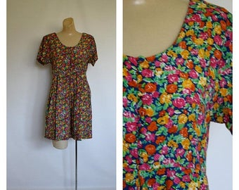 Sale Festival Floral Romper / 1980s Mini Romper / Vintage 80's Shorts Jumper / Bright Flower Garden Romper / Vintage Romper  M