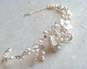 Bridal bracelet. Bridal jewelry. Bridal pearl rhinestone bracelet. Silver/ pearl bracelet.