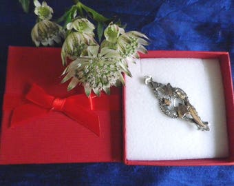 Antique silver sweetheart brooch with rose gold plated ivy leaves, Victorian brooch in red gift box, hallmarked silver, antique jewellery